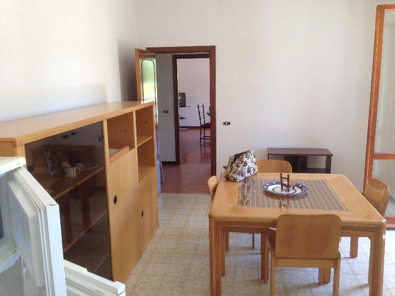 Affitto appartamento vuoto di mobili casa indipendente - Mobili in affitto ...