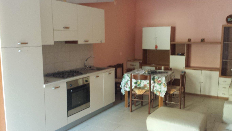 Senigallia ripe affittasi appartamento arredato piano for Appartamento garage a piano singolo