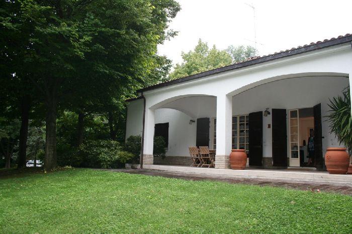 Affitto villa indipendente con giardino - Affitto casa con giardino ...